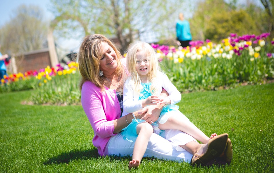 Spring Garden: Mom and Daughter